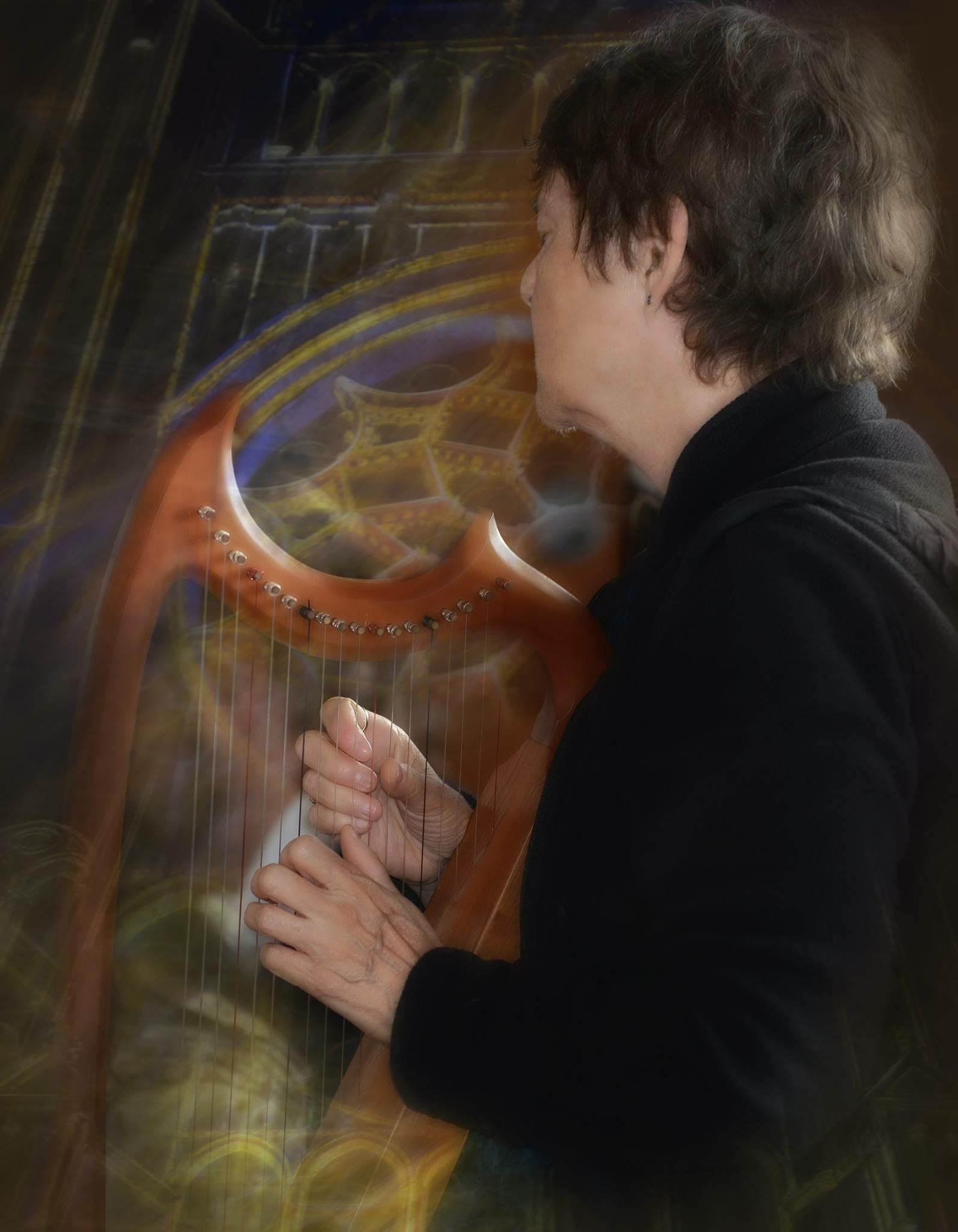 Ruth Cunningham with harp